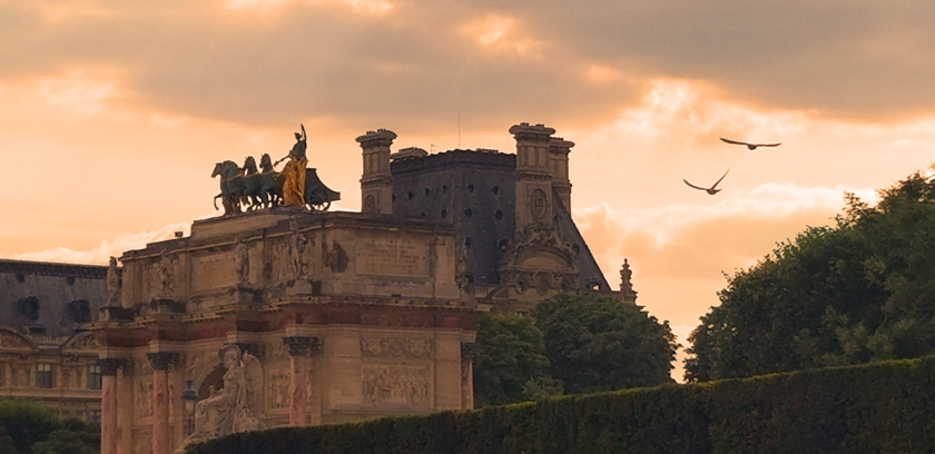 Near Louvre
