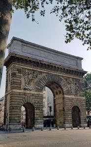 St Martin gate 1